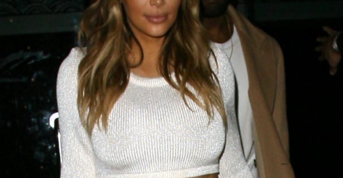Foto: Kim, arunca fusta aia la gunoi! Uite ce a purtat + Dovada ca fundul ei este FALS!