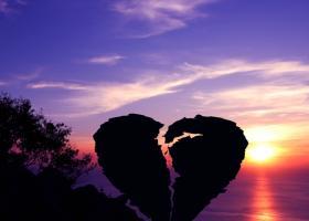 Mesaje de dragoste triste care iti inteleg durerea