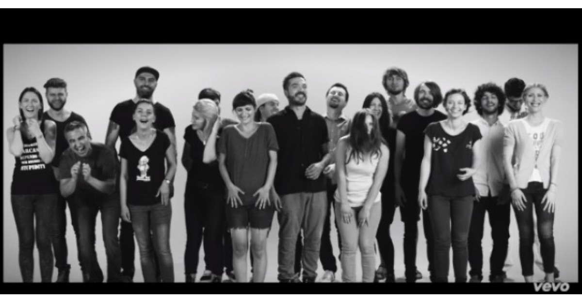 Vita de vie lanseaza videoclipul piesei Pe plaja-n Vama la 5