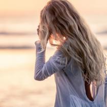 Charlize Theron iti dezvaluie secretul frumusetii