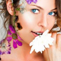 Uleiurile esențiale pentru îngrijrea tenului îți transformă pielea