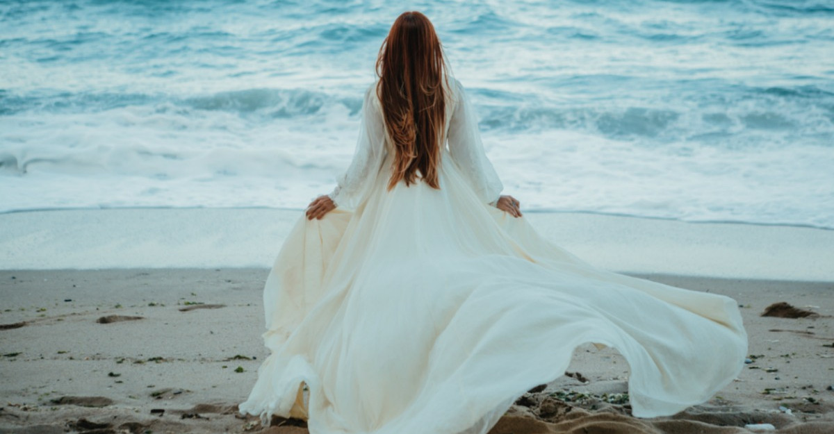 Inceteaza sa mai cauti dragoste acolo unde primesti doar durere... si incepe sa te iubesti pe tine