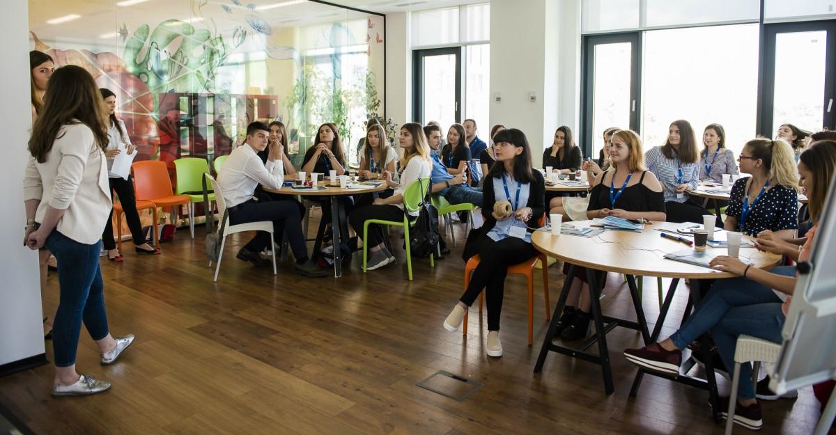 Nestlé și Alliance for YOUth continuă SUMMER'S COOL - școala de vară unde tinerii descoperă mediul de business