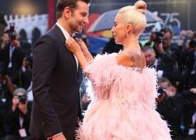 Chimia dintre Lady Gaga si Bradley Cooper functioneaza si in afara ecranului