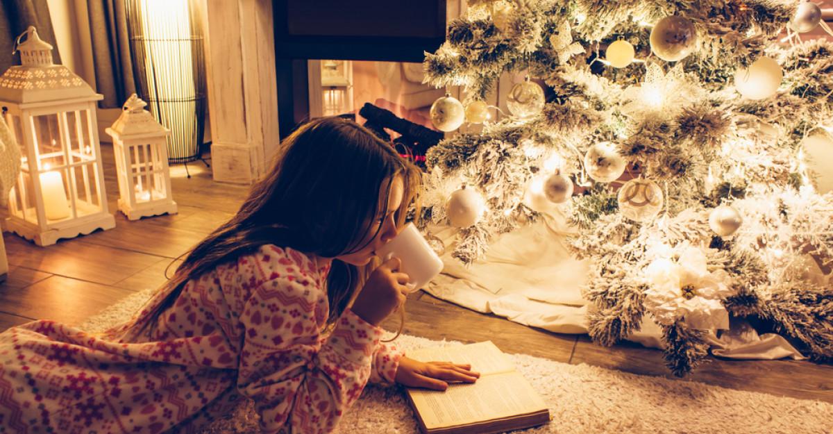 4 cadouri cu cele mai frumoase povești de Craciun, pentru cei mari și cei mici