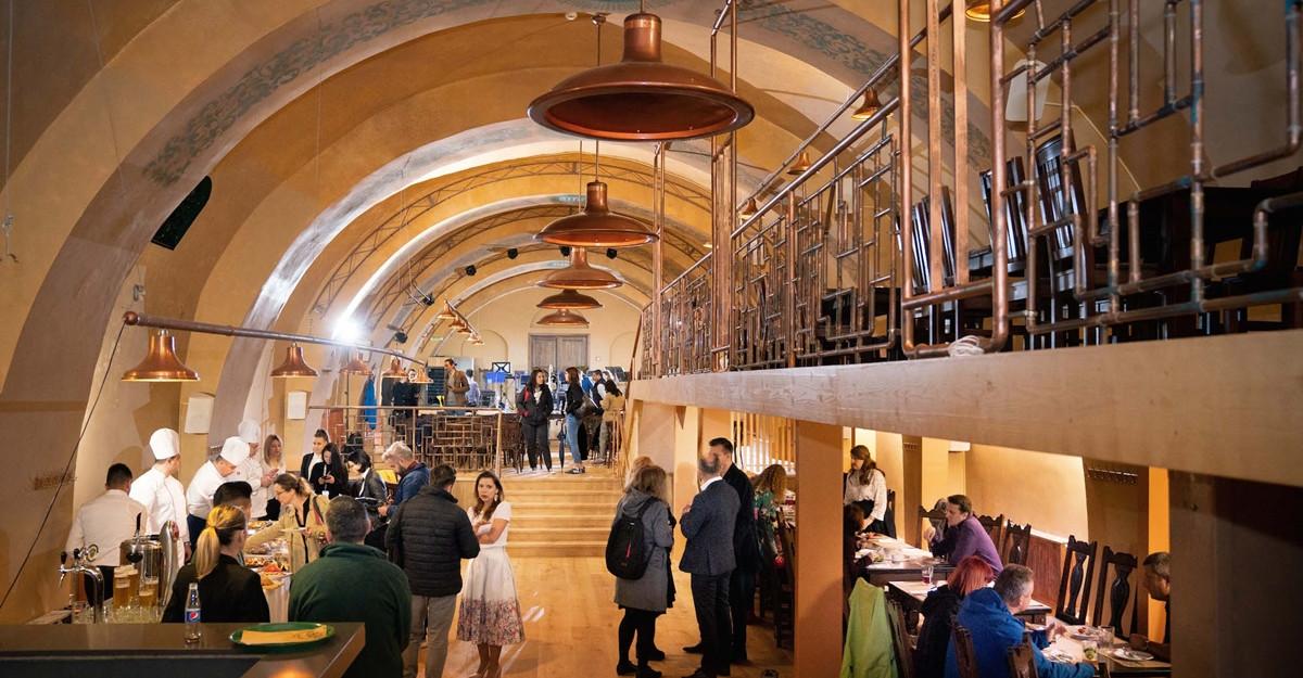 De 1 Mai, Grupul City Grill redeschide Becker Brau, operat de Hanu Berarilor
