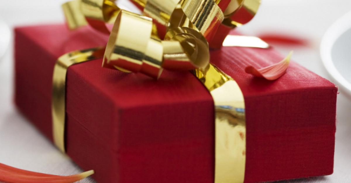 5 moduri creative pentru a impacheta cadourile de Pasti