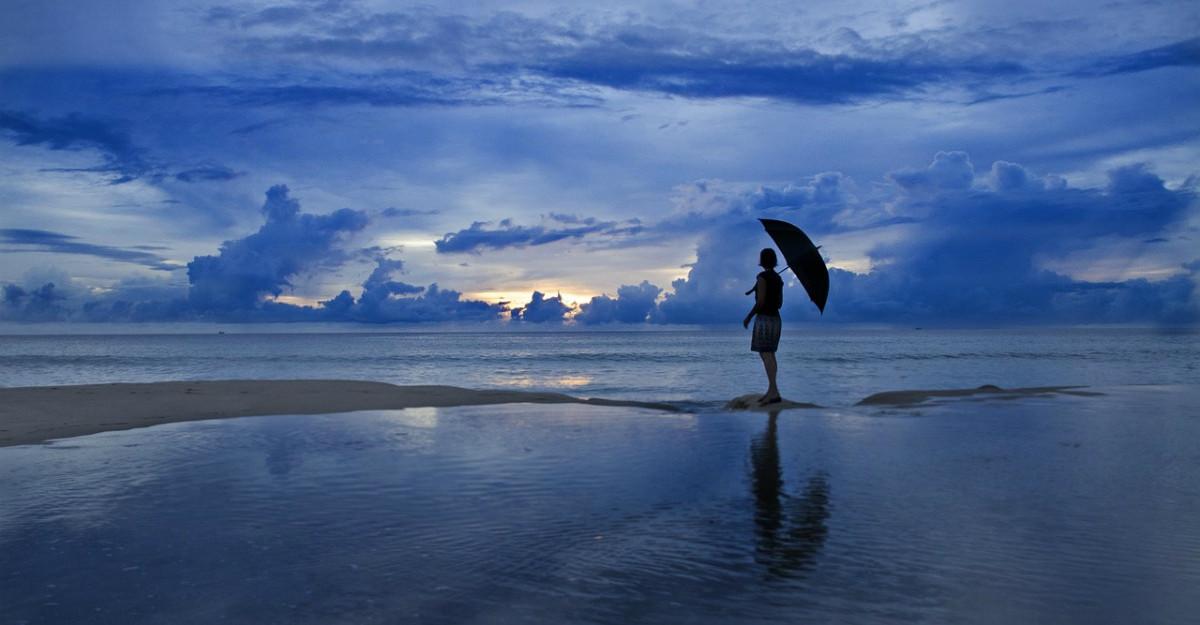Nu mai alerga după fericire. În schimb, hrănește-ți sufletul cu bucuria zilei de astăzi