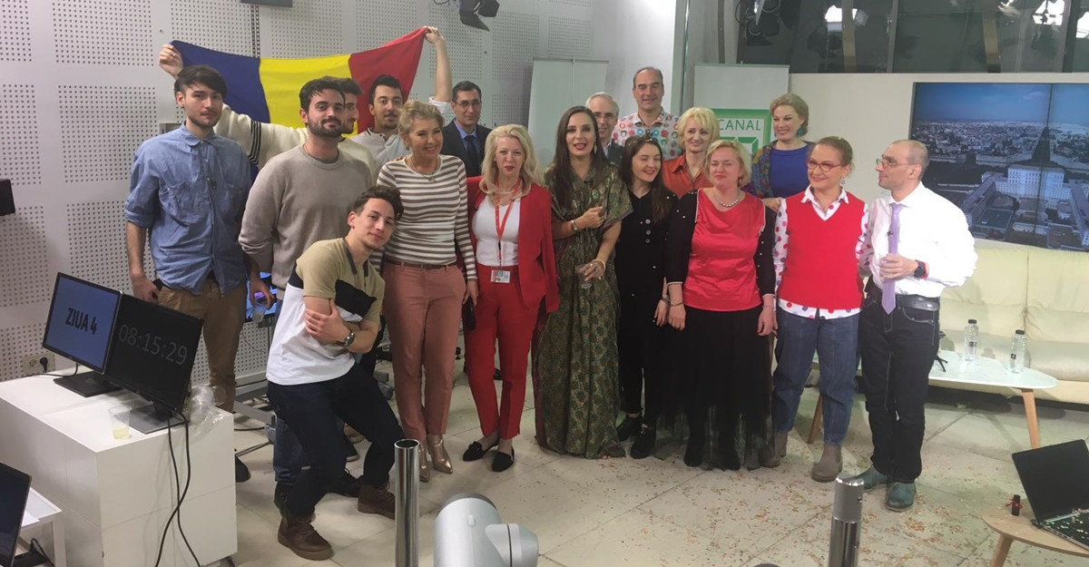 Postul TV Canal 33 Romania a intrat în Cartea Recordurilor cu cel mai lung talk-show din lume
