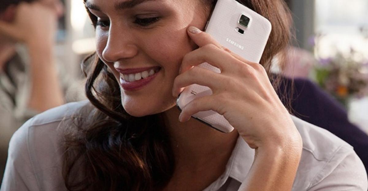 Samsung GALAXY S5 si dispozitivele inteligente Gear 2 si Gear Fit au fost lansate oficial pe piata locala