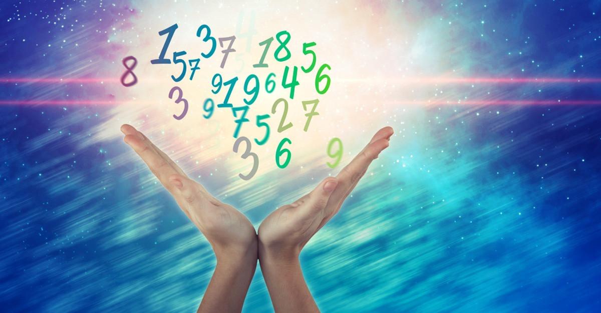 Numerologie: Afla cum te influenteaza data nasterii tale