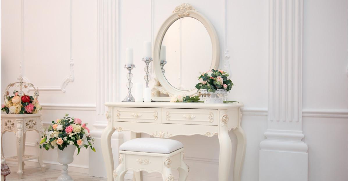 Amenajarea colțului de înfrumusețare: mese de toaletă