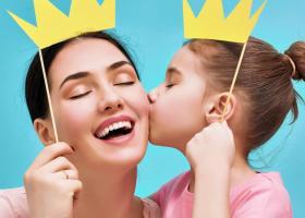 Astrologie: Ce fel de mama esti in functie de zodie