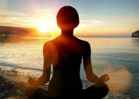 Patru lucruri care te impiedica sa meditezi