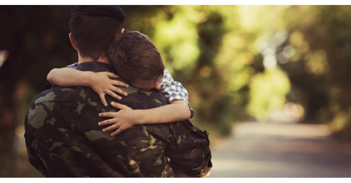 Un tanar soldat si-a anuntat parintii ca vine acasa. Ce s-a intamplat a doua zi?