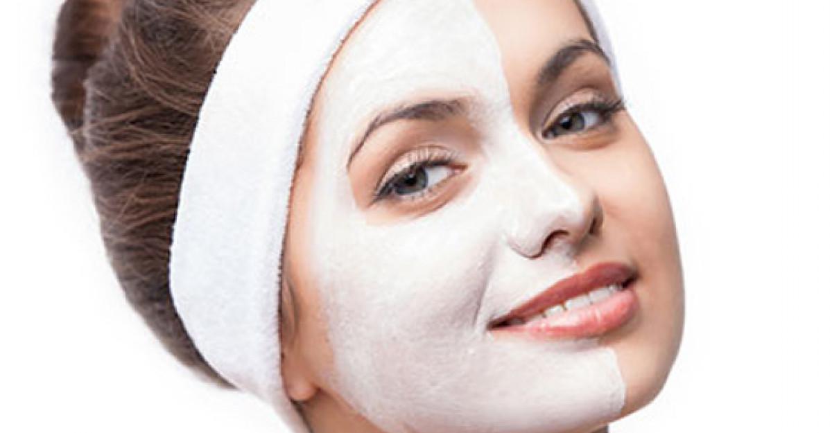 Lifting facial la tine acasa: aceste masti te scapa de riduri