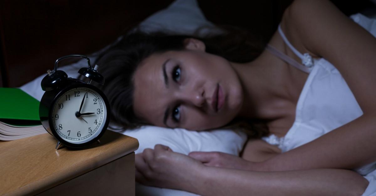 Ce se întâmplă când tresari în somn?