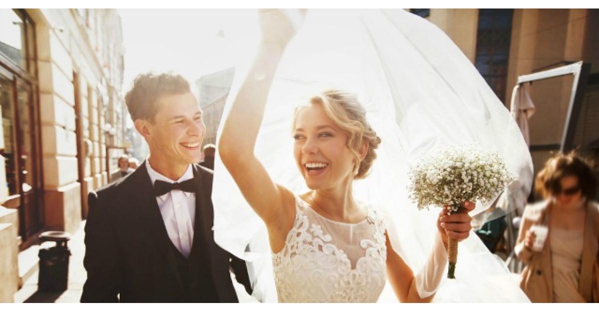 Inainte de a da sfaturi despre relatii si casatorie... cititi ASTA