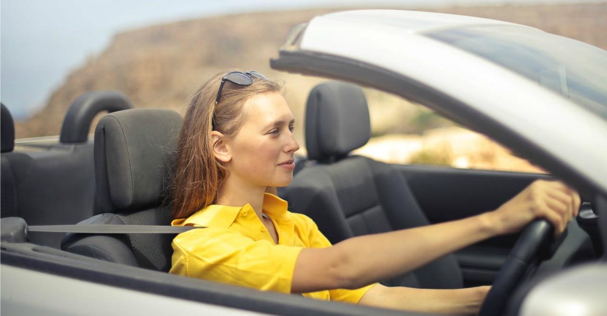 Ghidul șoferiței: 4 lucruri importante despre acumulatorul mașinii