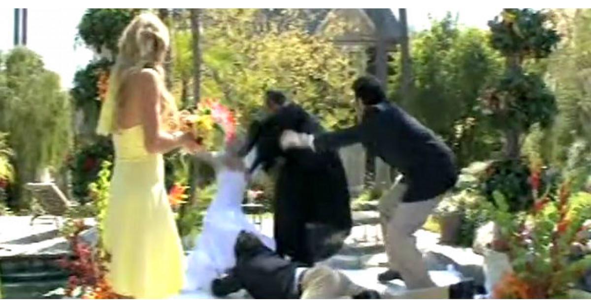 Video: Acesta este probabil cel mai mare dezastru pe care il vei vedea la o nunta