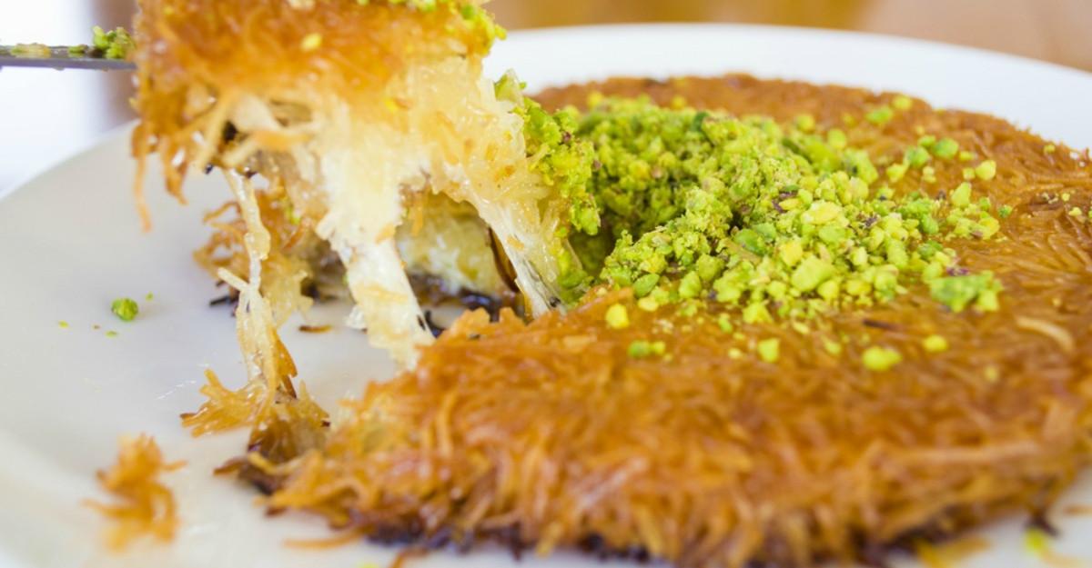 Cea mai delicioasă prăjitură turcească: Kunefe