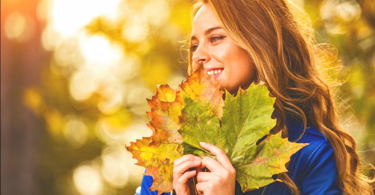 Astrologie: Favoritele lunii octombrie: ele se vor bucura de favorurile astrale ale toamnei