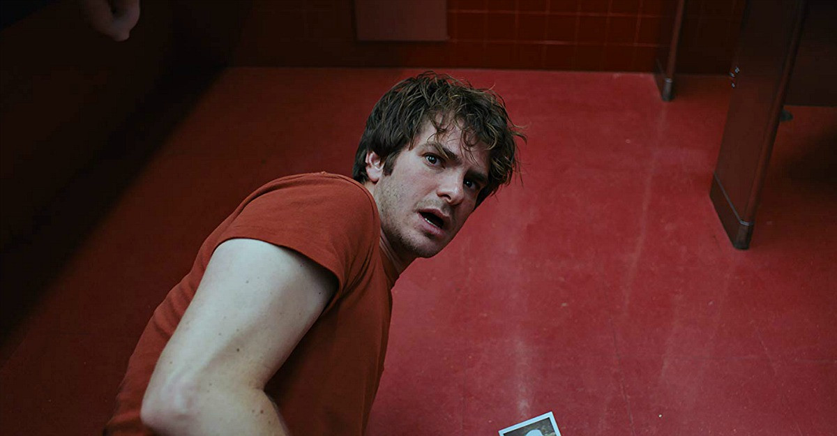 Under The Silver Lake în premieră la American Independent Film Festival