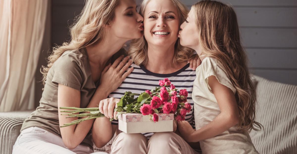 Idei de cadouri de Craciun: Ce sa cumperi pentru doamnele din viata ta?
