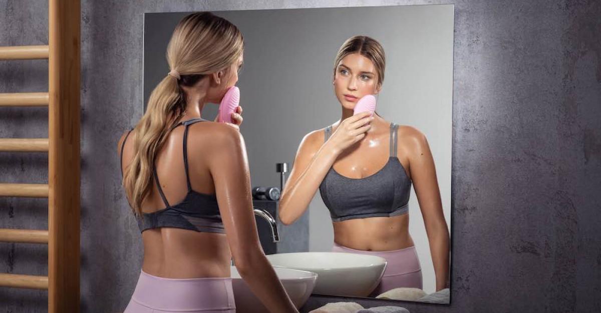 FOREO lanseaza LUNA 3 pentru improspatarea, hidratarea si tonifierea tenului tau