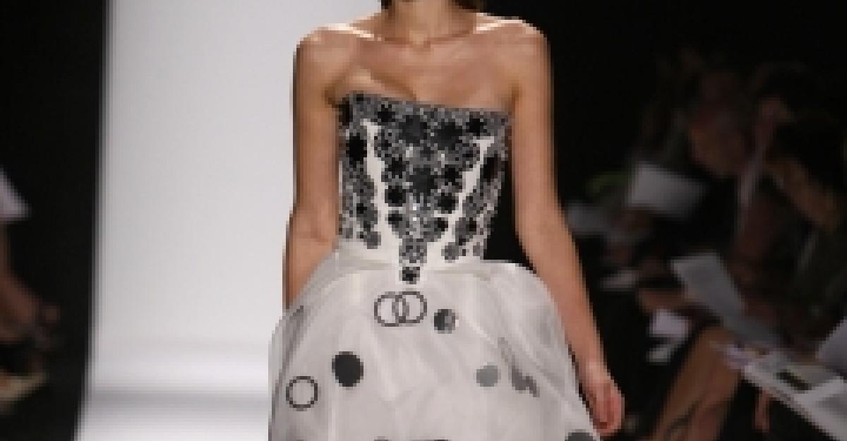 Dolce & Gabbana primavara-vara 2011