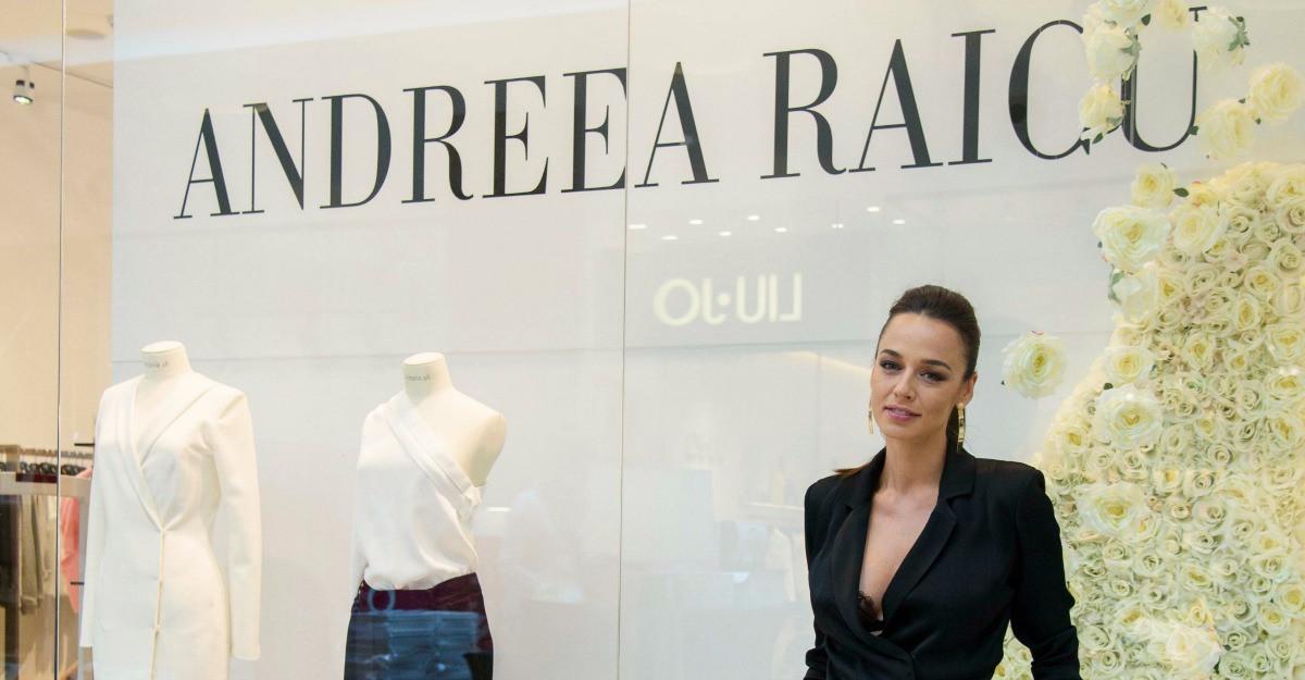 Andreea Raicu a celebrat lansarea colectiei sale de haine in magazinul Victoria 46