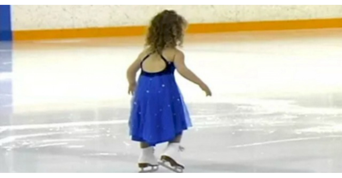 Uite ce stie sa faca aceasta fetita la doar 3 anisori