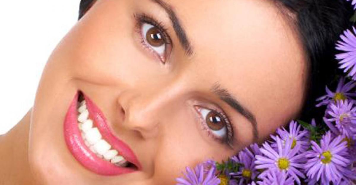 10 Tratamente intensive pentru parul tau, pe baza de plante