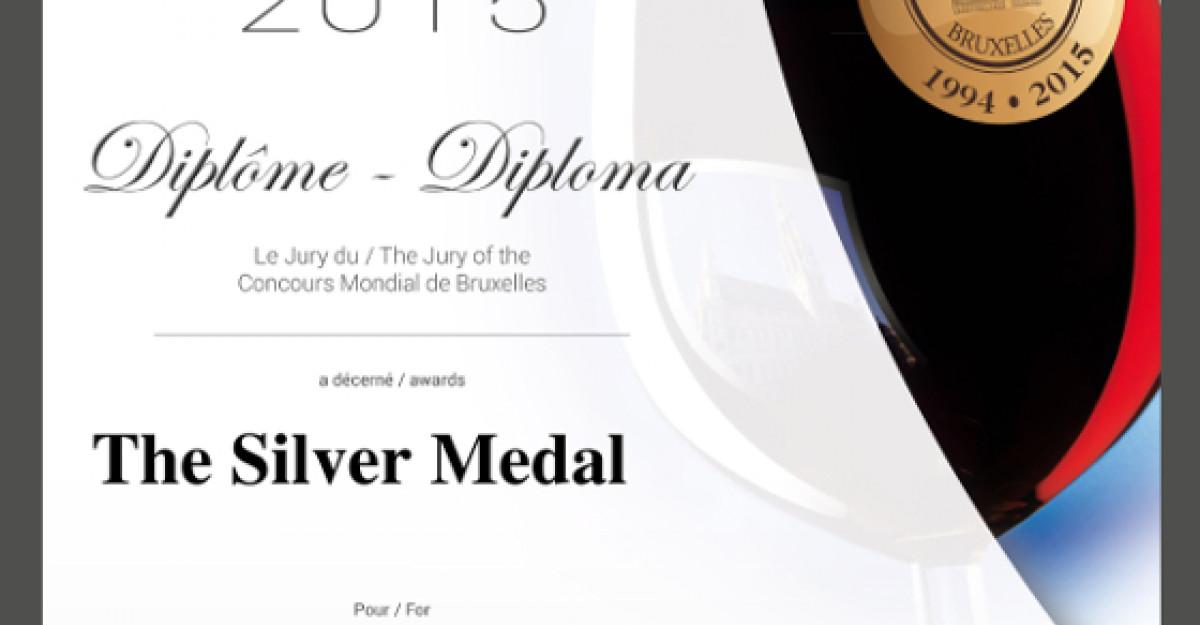 Feteasca Regala si Pinot Gris 2013 de la crama Avincis a fost premiat la Concours Mondial de Bruxelles
