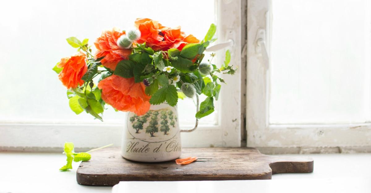 """Vaze de-a dreptul speciale cu care sa intampini """"colectia"""" de flori de primavara"""