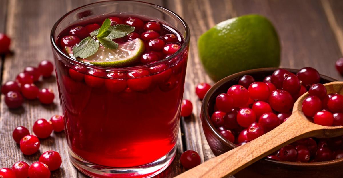 Sucul de merişoare, cunoscut şi sub numele de elixirul vieţii. Beneficii pentru sănătate