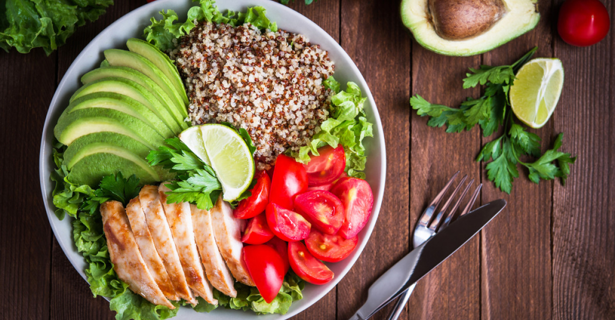 O treime dintre românii interesaţi de o alimentaţie sănătoasă au renunţat la produsele procesate