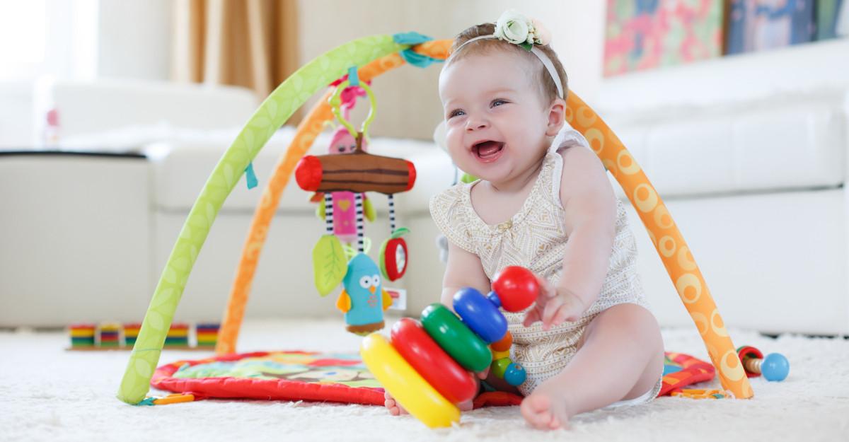 Jucării pentru bebeluși care nu trebuie să lipsească din cameră