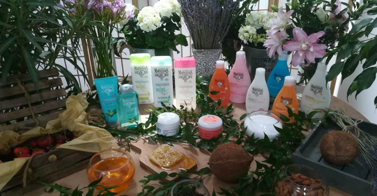 Adela Popescu te ajută să descoperi partea însorită a fiecărei zile, împreună cu produsele de îngrijire Le Petit Marseillais®