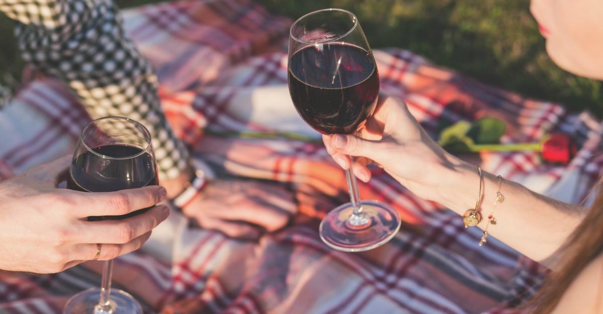 Cadouri pentru iubitorii de vin: 6 sugestii super