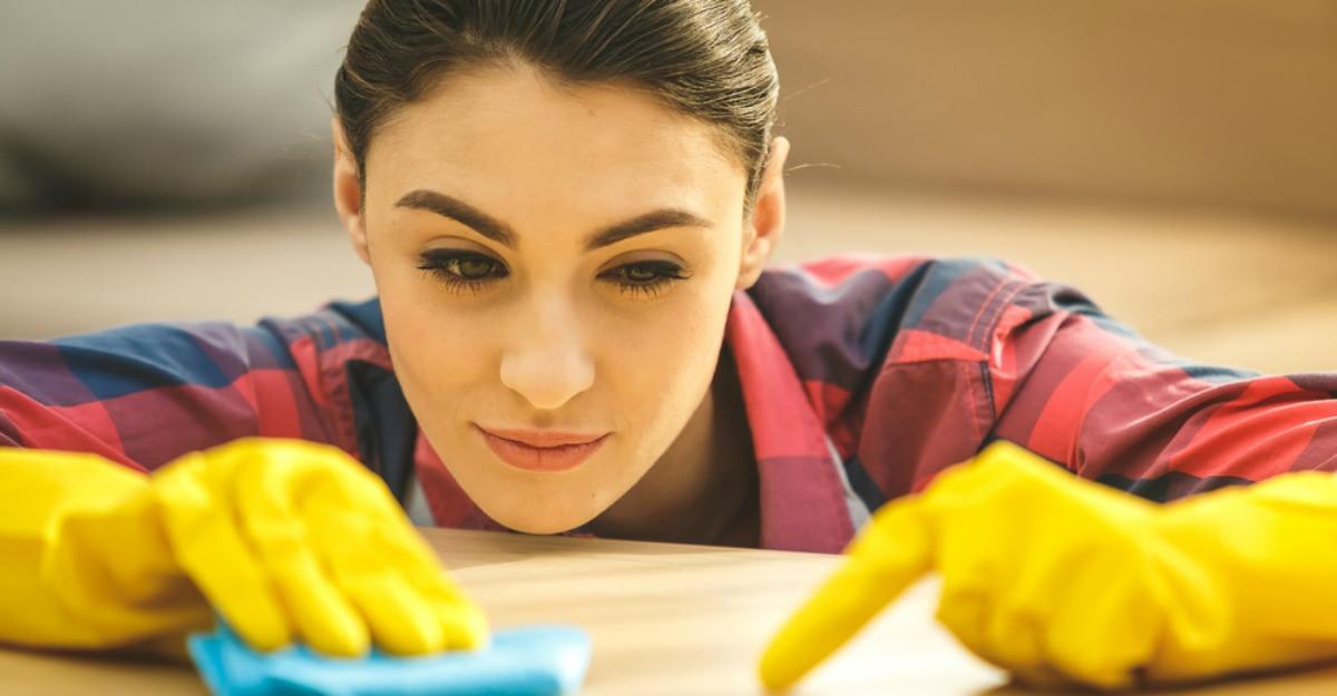 Cum sa ai casa mereu curata cu minimum de efort. 3 sfaturi pretioase pe care trebuie sa le urmezi zilnic