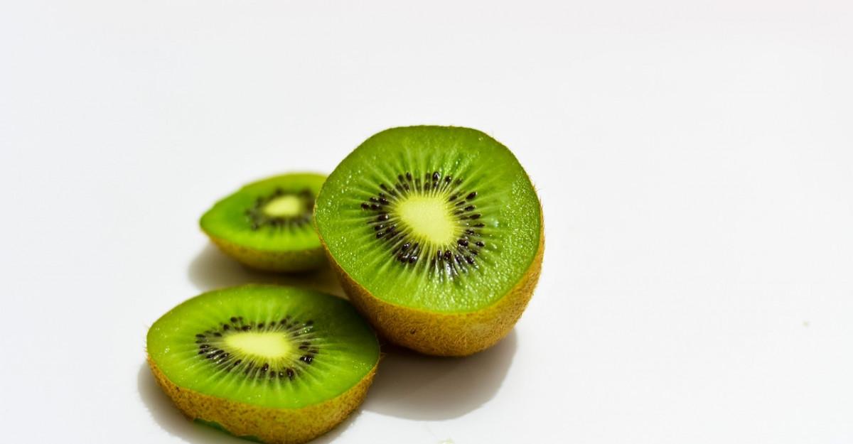 5 motive să mănânci kiwi