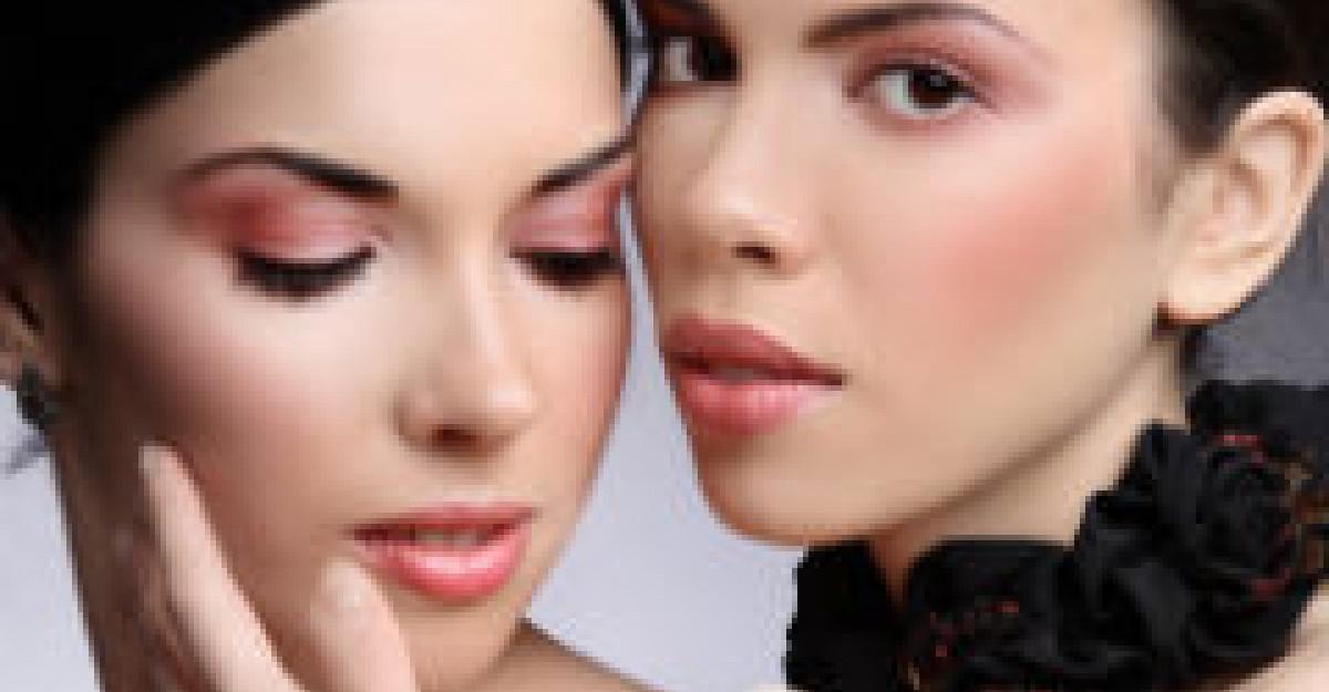 Alimente care te predispun la acnee