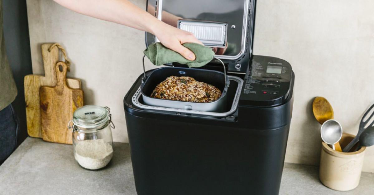 Panasonic prezintă noua gamă inovativă demașini de făcut pâine.Calitate pe care o poți gusta la fiecare coacere.