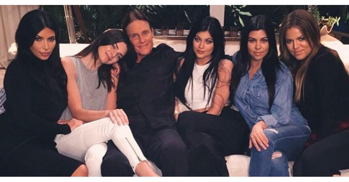 E mai mult decat iti poti imagina! Cati bani primeste familia Kardashian pentru emisiunea lor?
