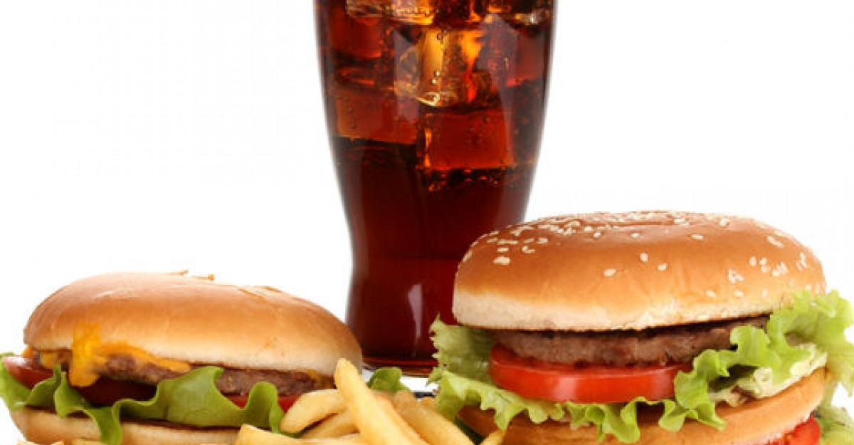Consumi des alimente care contin grasimi? Iata la ce probleme de sanatate te expui!