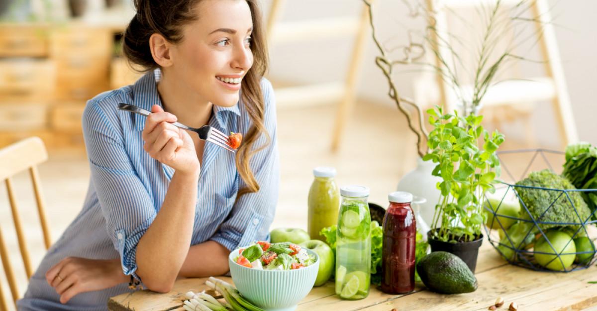 Sfatul Specialistului: Top 5 alimente care te ajută să scapi de retenția de apă