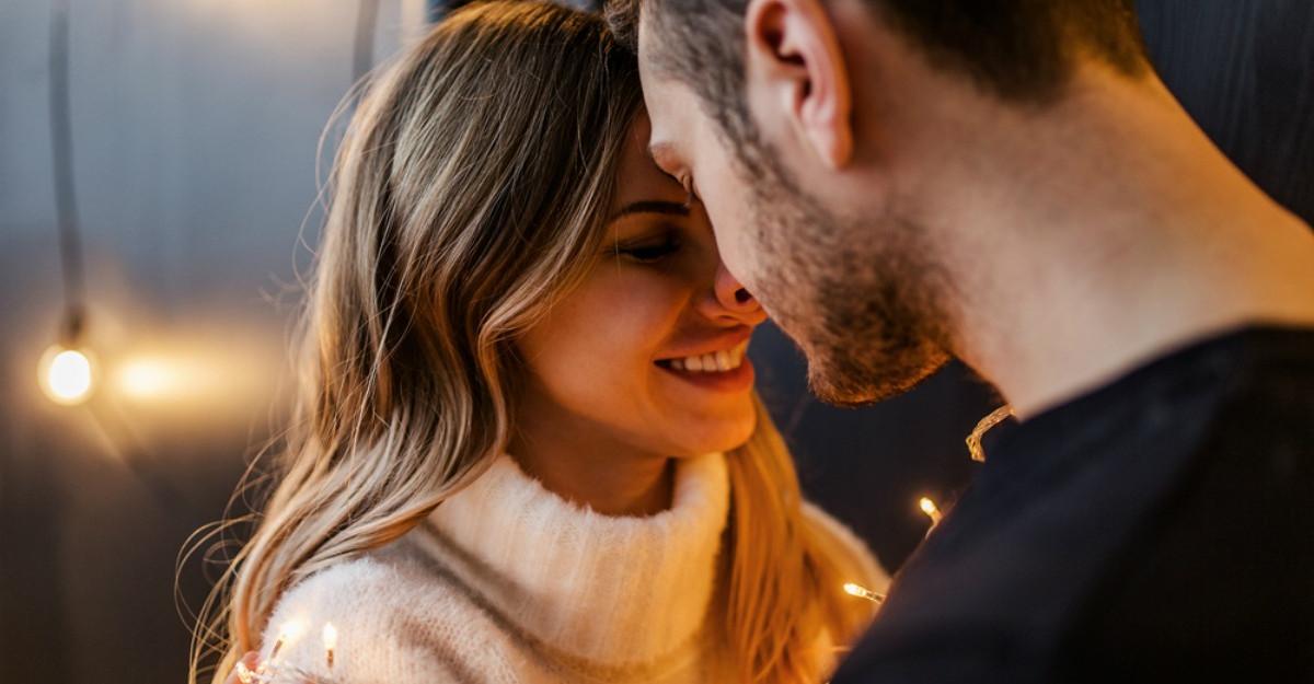 5 intrebari intime care te apropie de cel pe care il iubesti