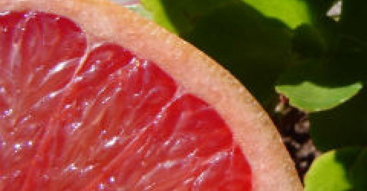 Pomelo - tinerete si sanatate intr-un singur fruct