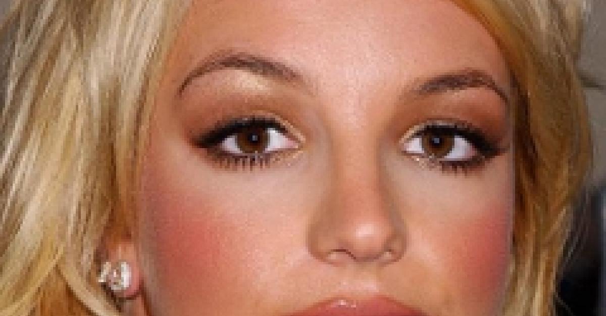 Britney explodeaza...la propriu